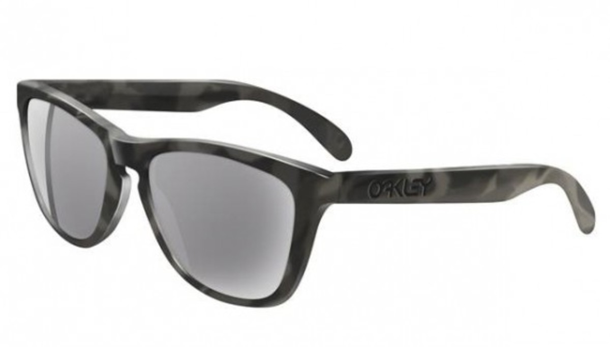 oakley-frogskin-smog-collection-01
