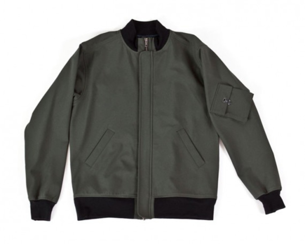 pivotal-bomber-jacket-charcoal-army-green-01