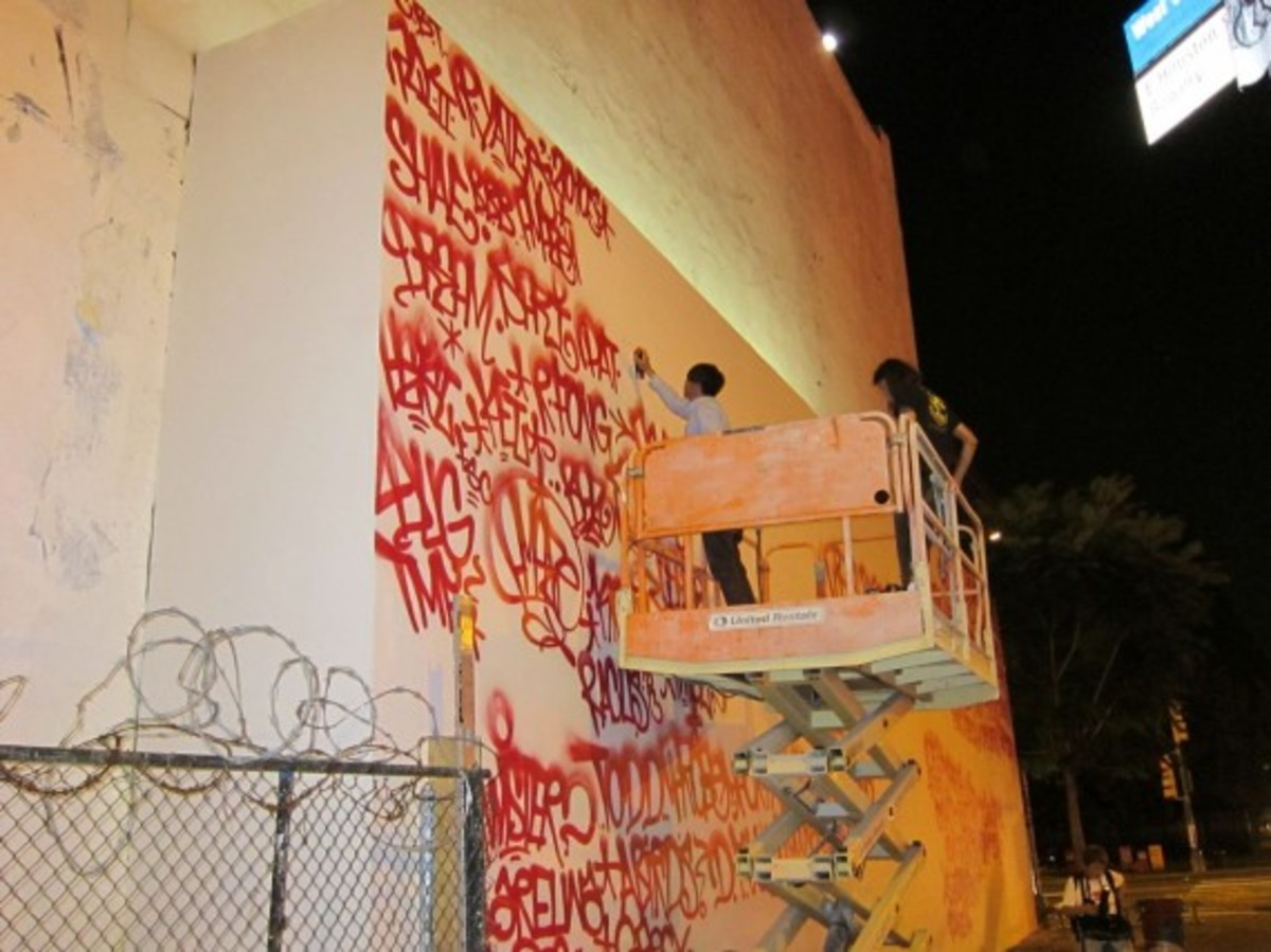 barry-mcgee-houston-graffiti-wall-04