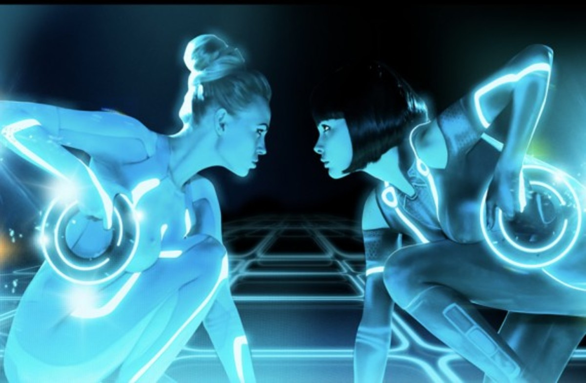 playboy-tron-legacy-game-on-03