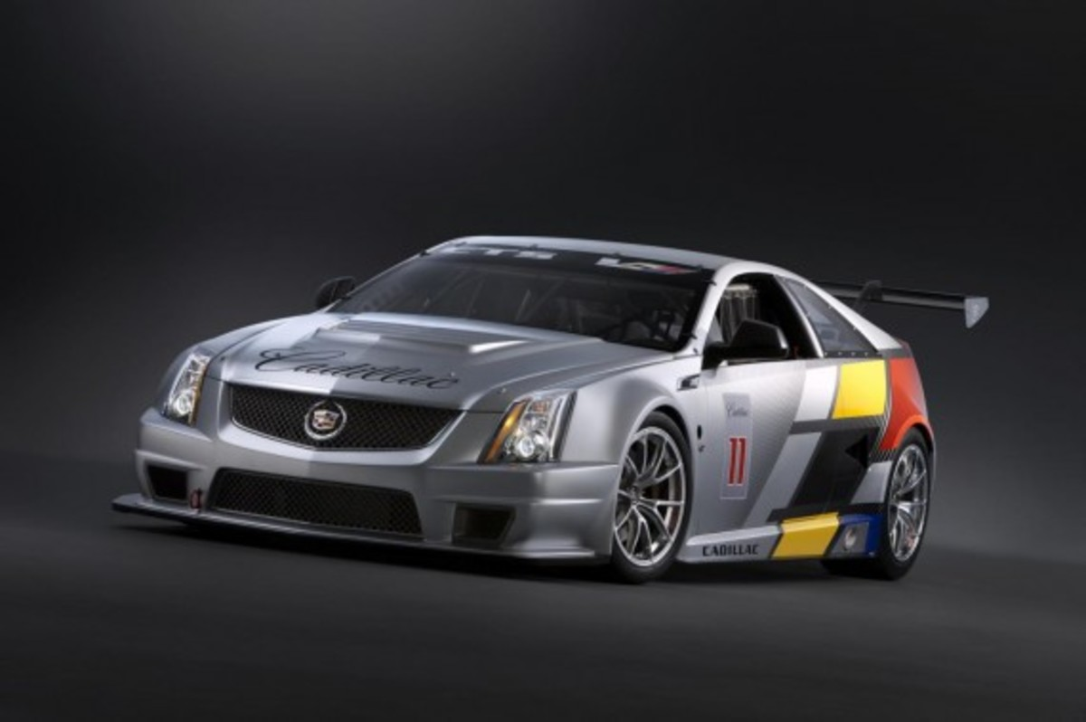 CTS-V Racing Coupe 2