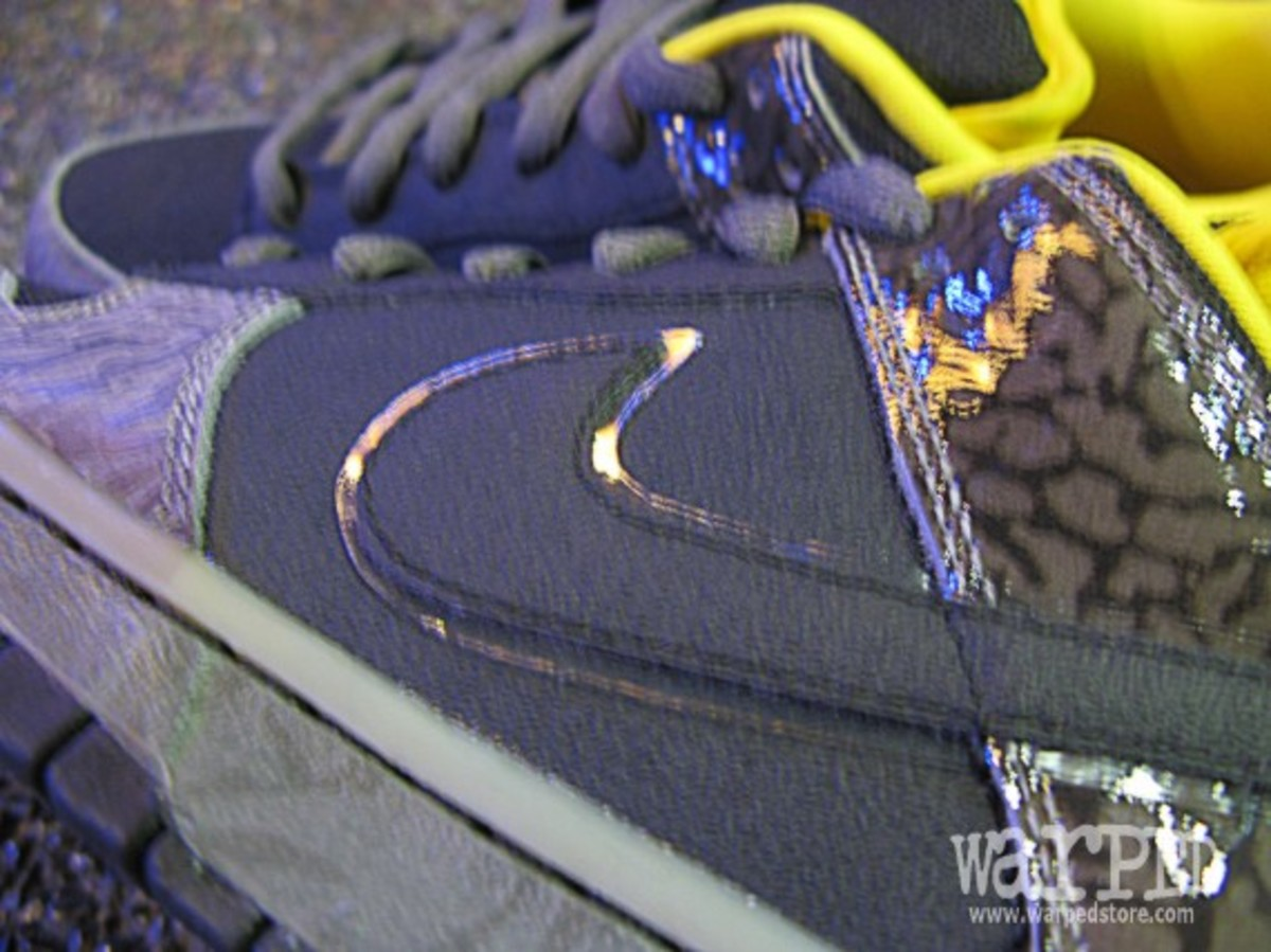 Dunk Low Premium SB Yellow Curb 10
