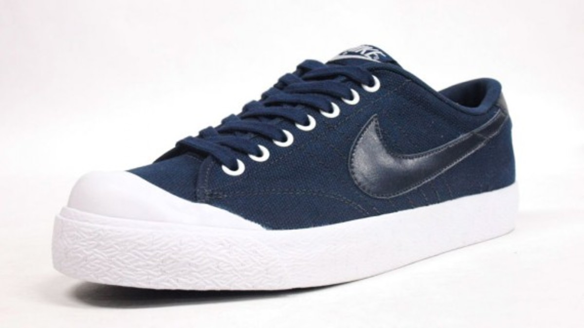 All Court Canvas Navy