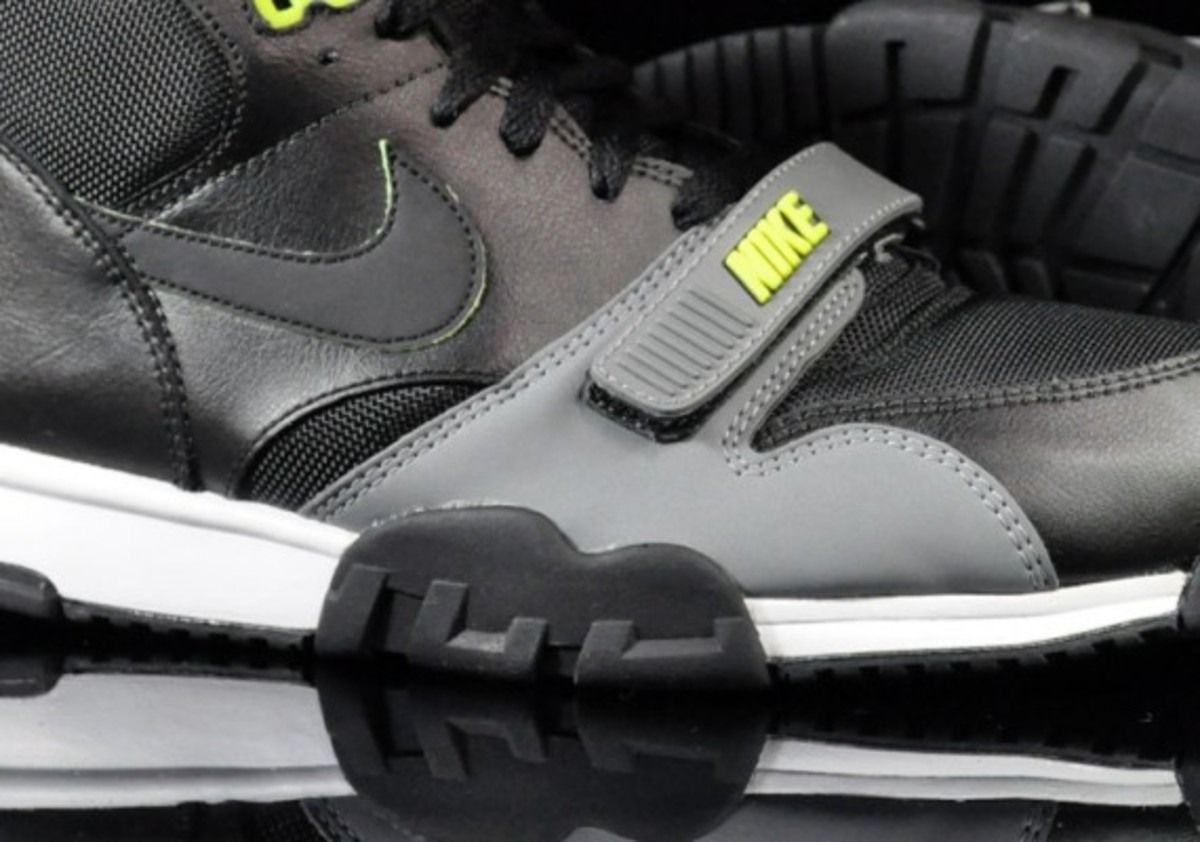 sale retailer 9f4a6 8445b Nike Air Trainer 1 - Spring 2011   Euro Exclusive Colorways