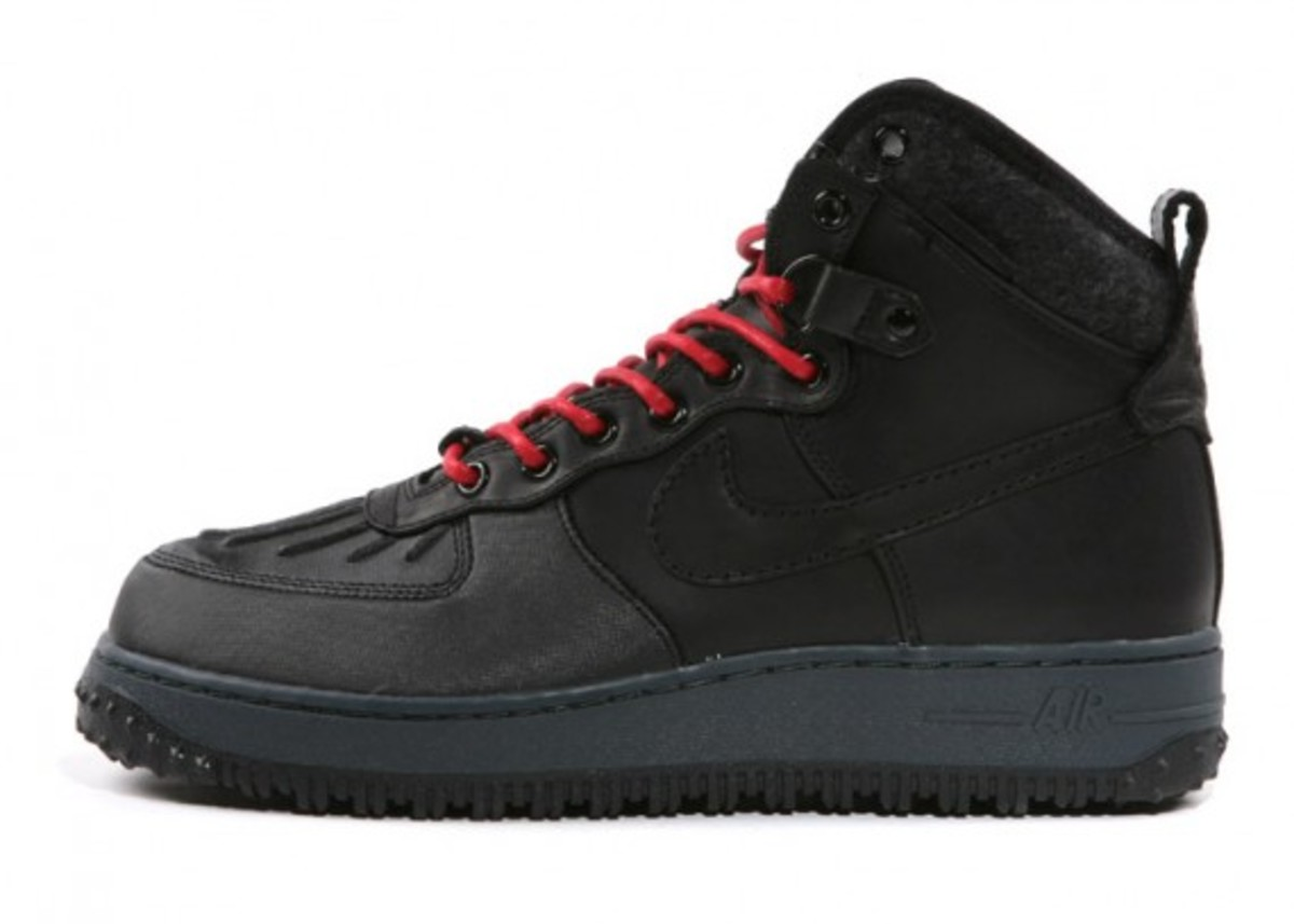 nike-air-force-1-duck-boot-02