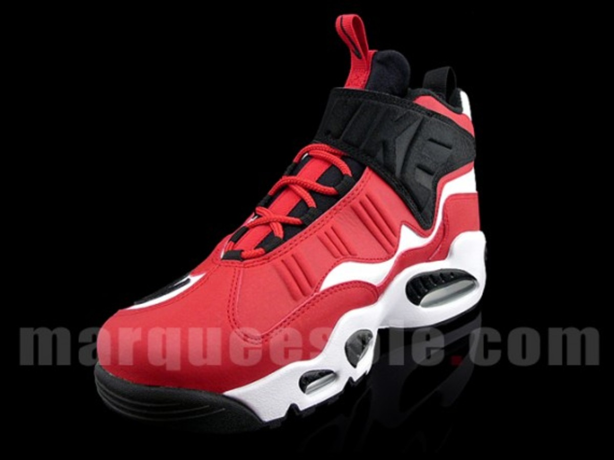 nike-air-griffey-max-1-white-black-sport-red-4