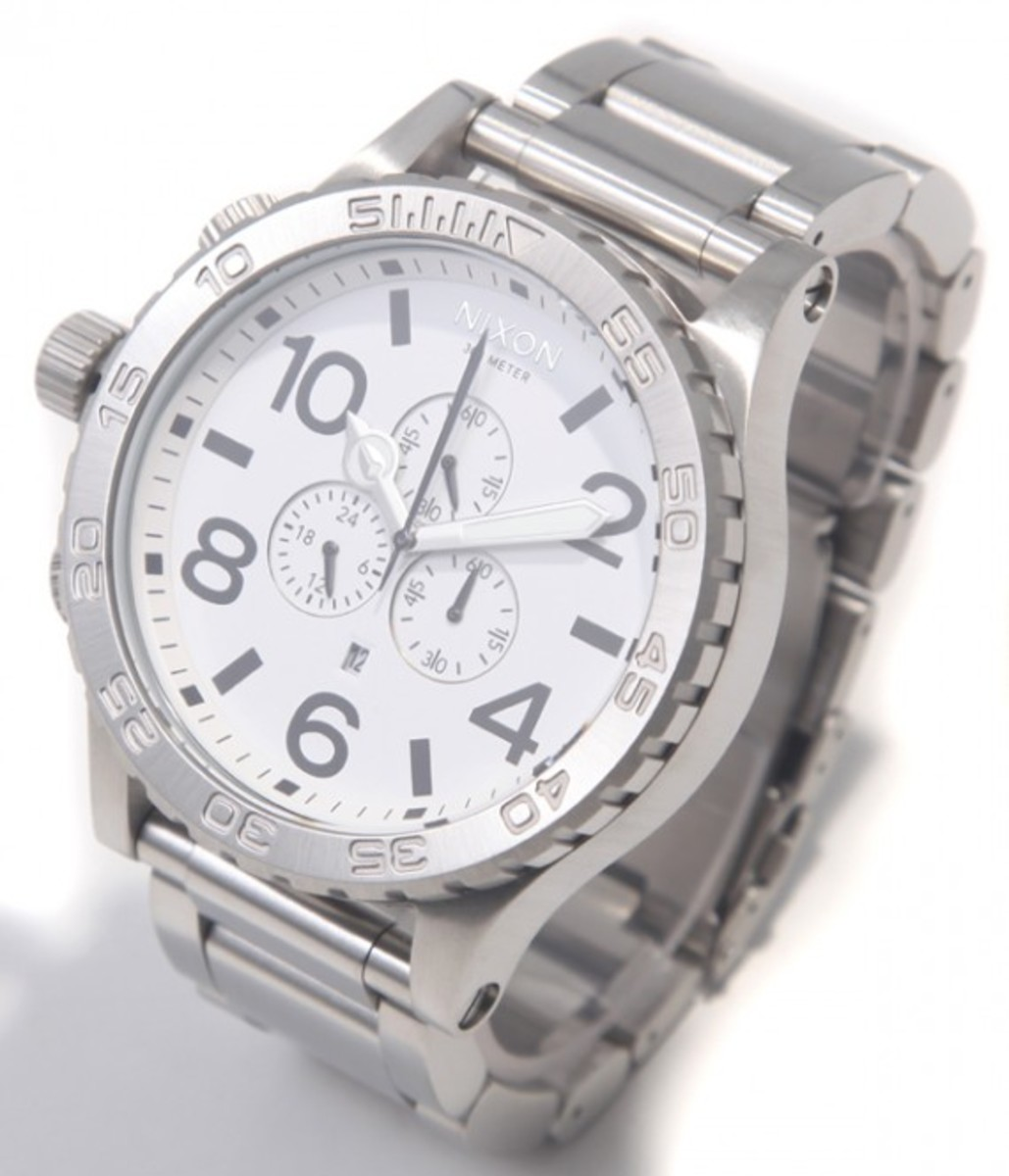 51-30 Chrono White