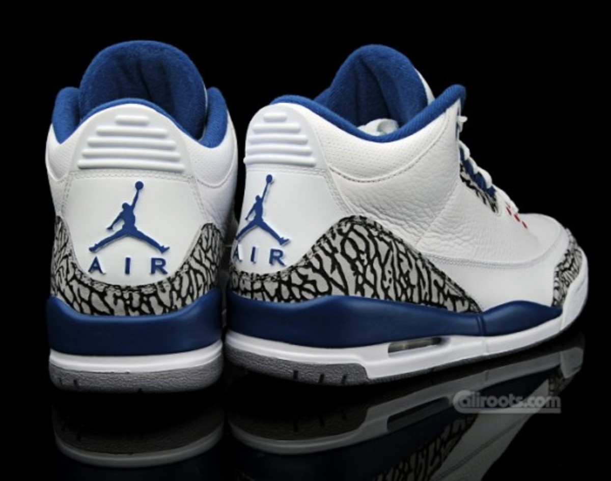 air-jordan-iii-retro-true-blue-europe-05