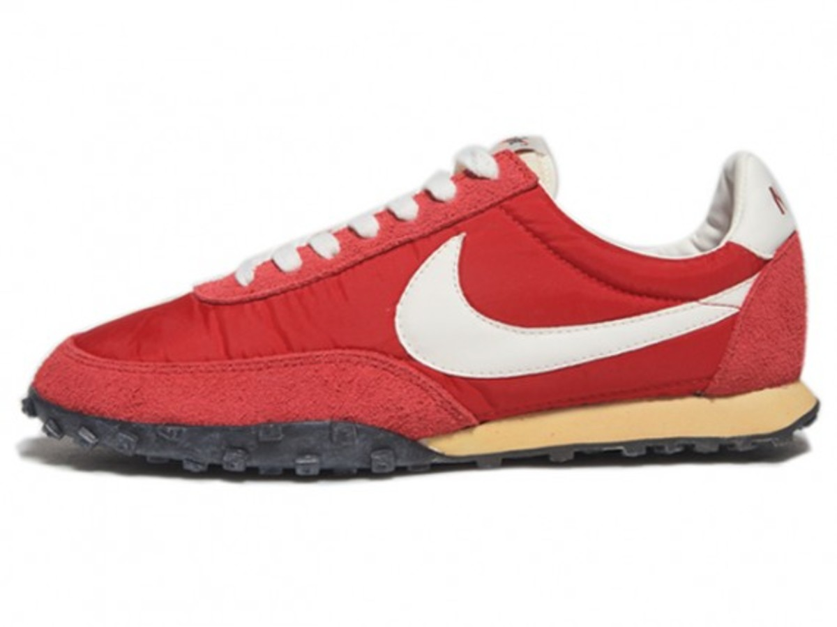 Nike Sportswear - NSW Vintage Collection - Waffle Racer (Red)