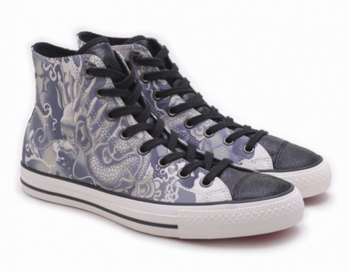 converse-chuck-taylor-all-star-leather-hi-dragon-year-02
