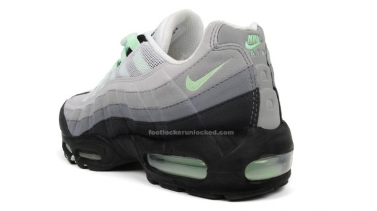 nike air max 95 mint green freshness mag. Black Bedroom Furniture Sets. Home Design Ideas
