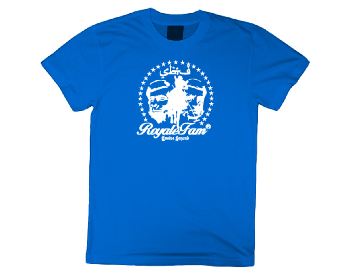 Royalefam - Original Hand Printed College T-Shirt - Kentucky (Away)