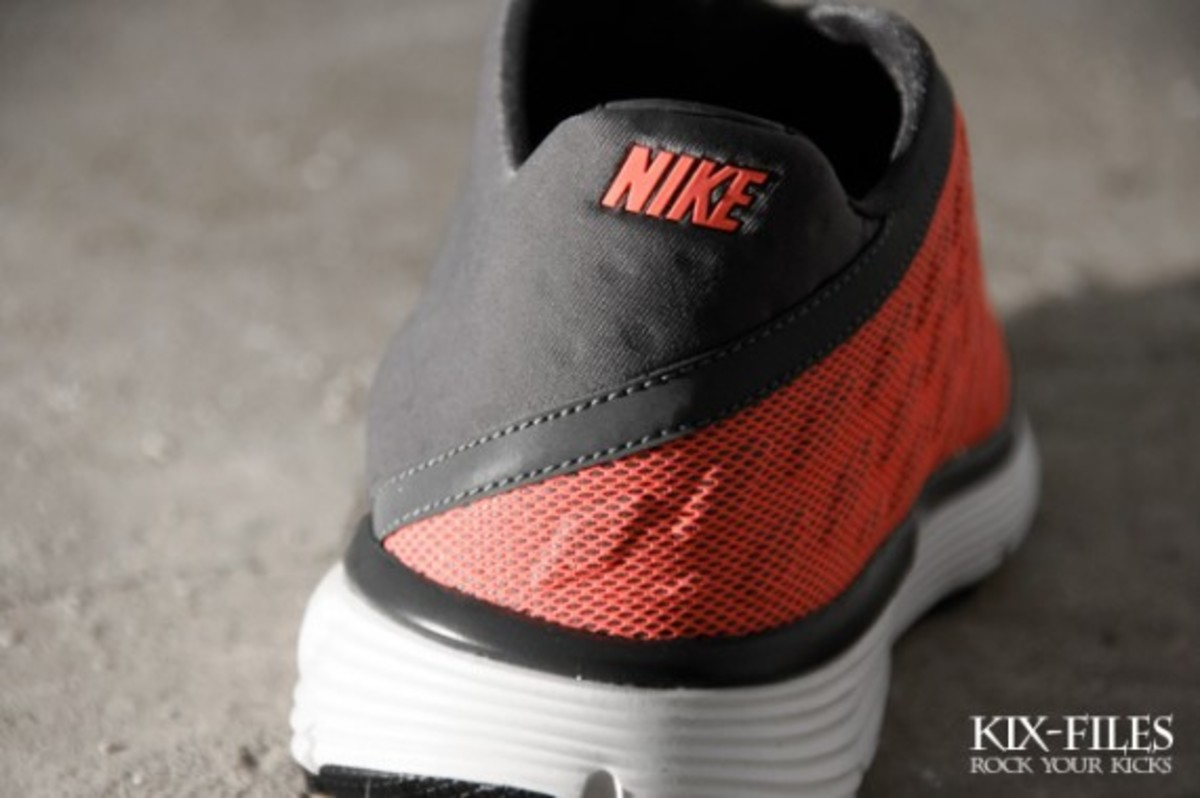 nike-sportswear-lunar-orbit-summer-2011-collection-6