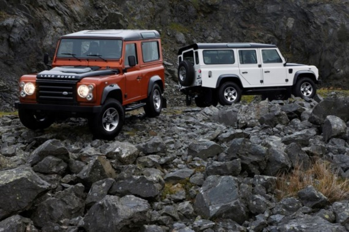 land_rover_defender_fire_ice_1