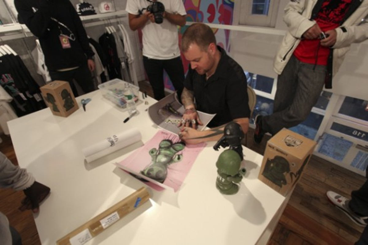 Dave White - Sgt. Robot Signing Event @ Kidrobot NY - 14