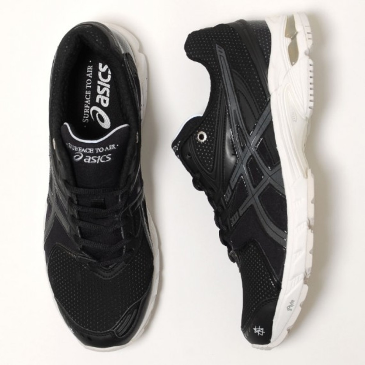 surface-to-air-asics-gel-ds-trainer-14-04