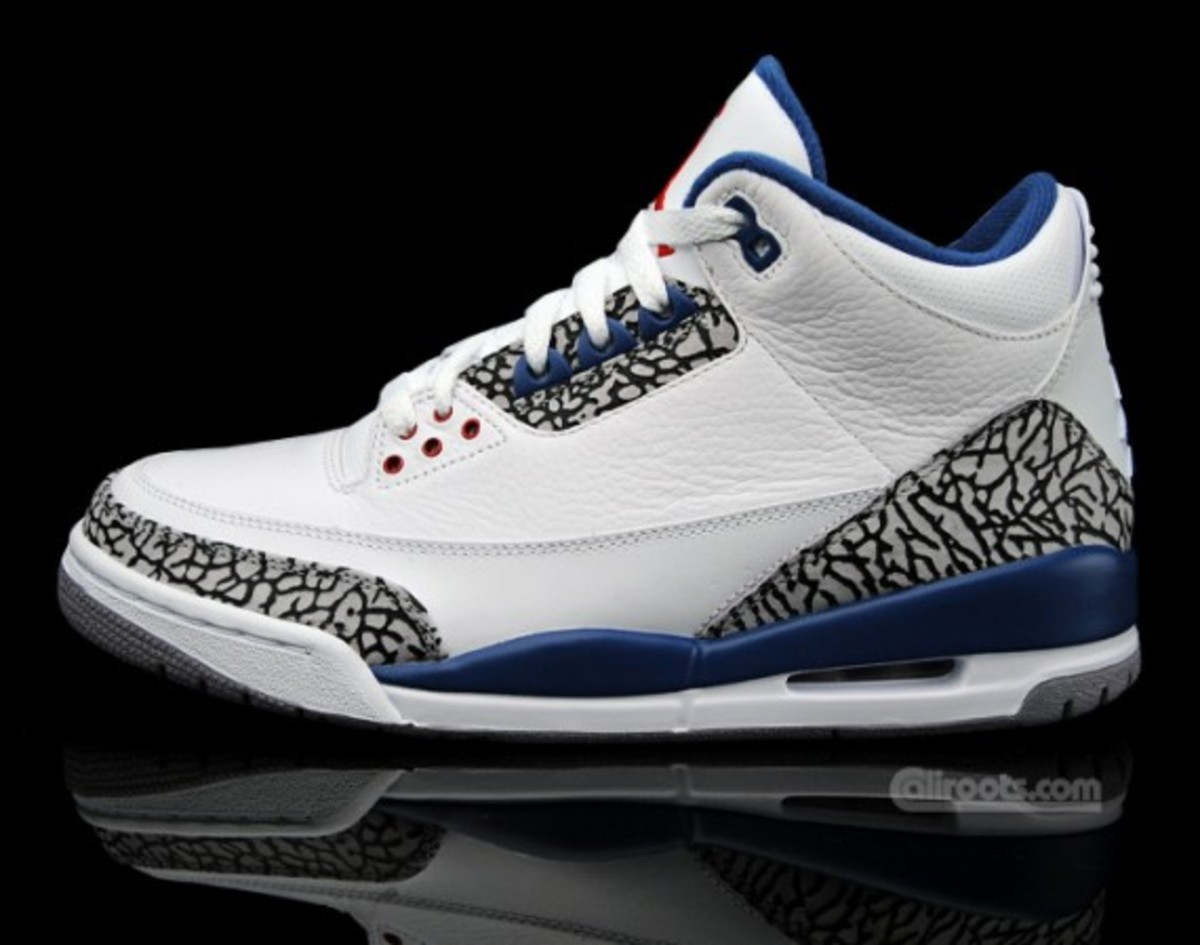 air-jordan-iii-retro-true-blue-europe-02