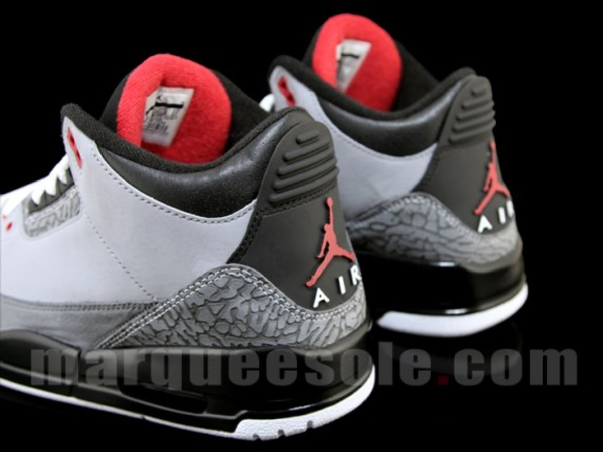 air-jordan-iii-3-stealth-06