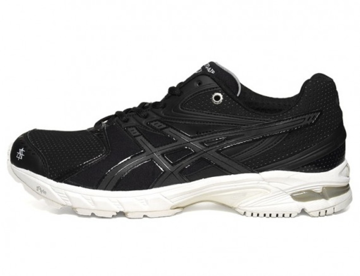 surface-to-air-asics-gel-ds-trainer-14-01
