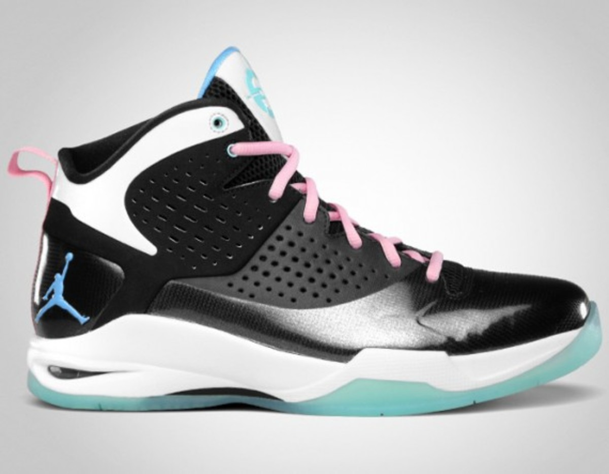 jordan-fly-wade-south-beach-release-info-02