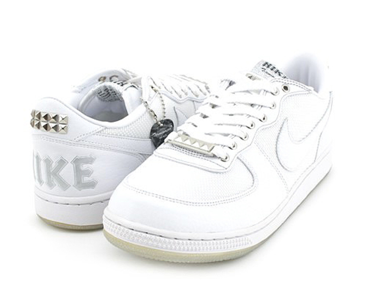 Nike WMNS Terminator Low - Rock N' Roll White - 01