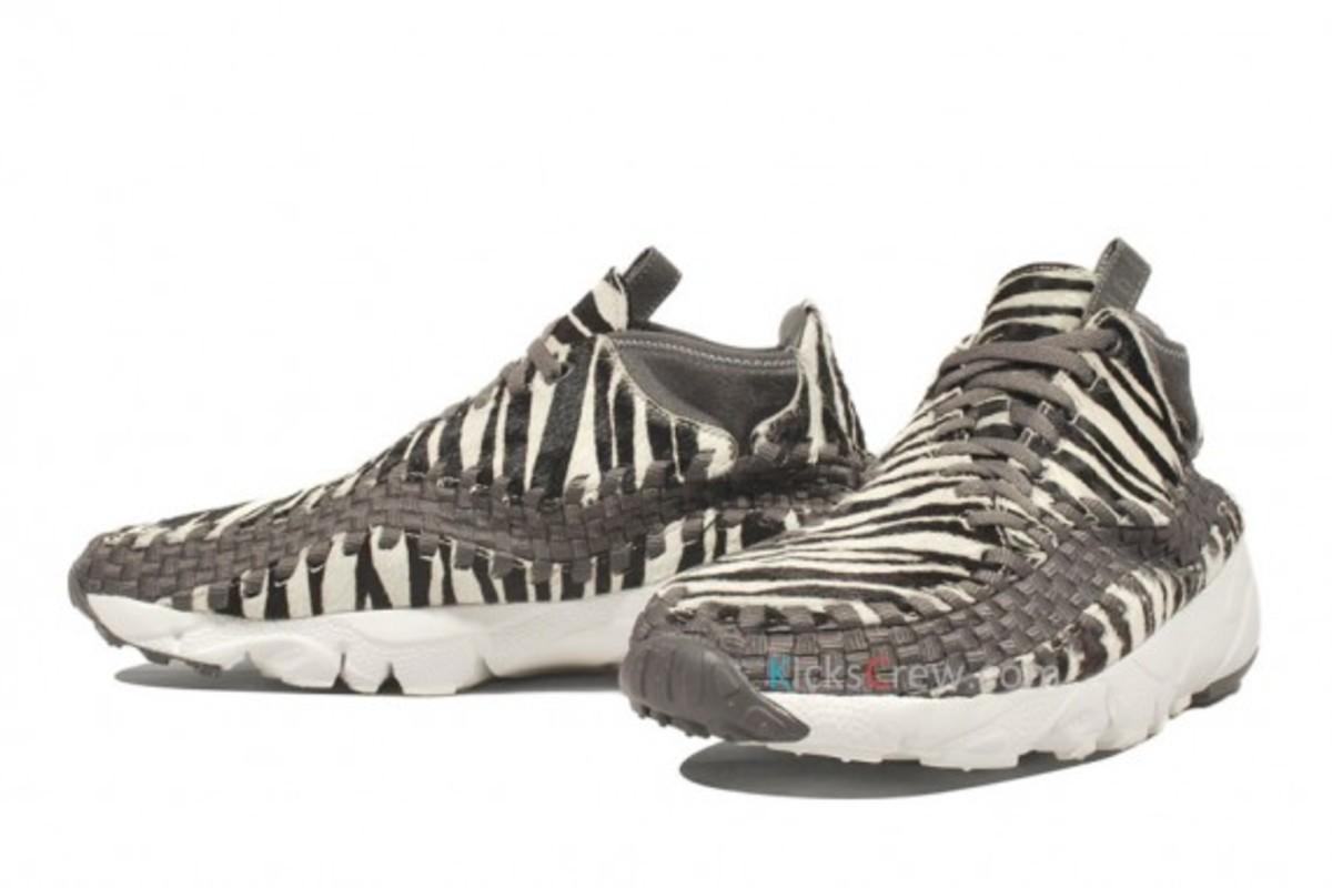 air-footscape-woven-motion-zebra-02