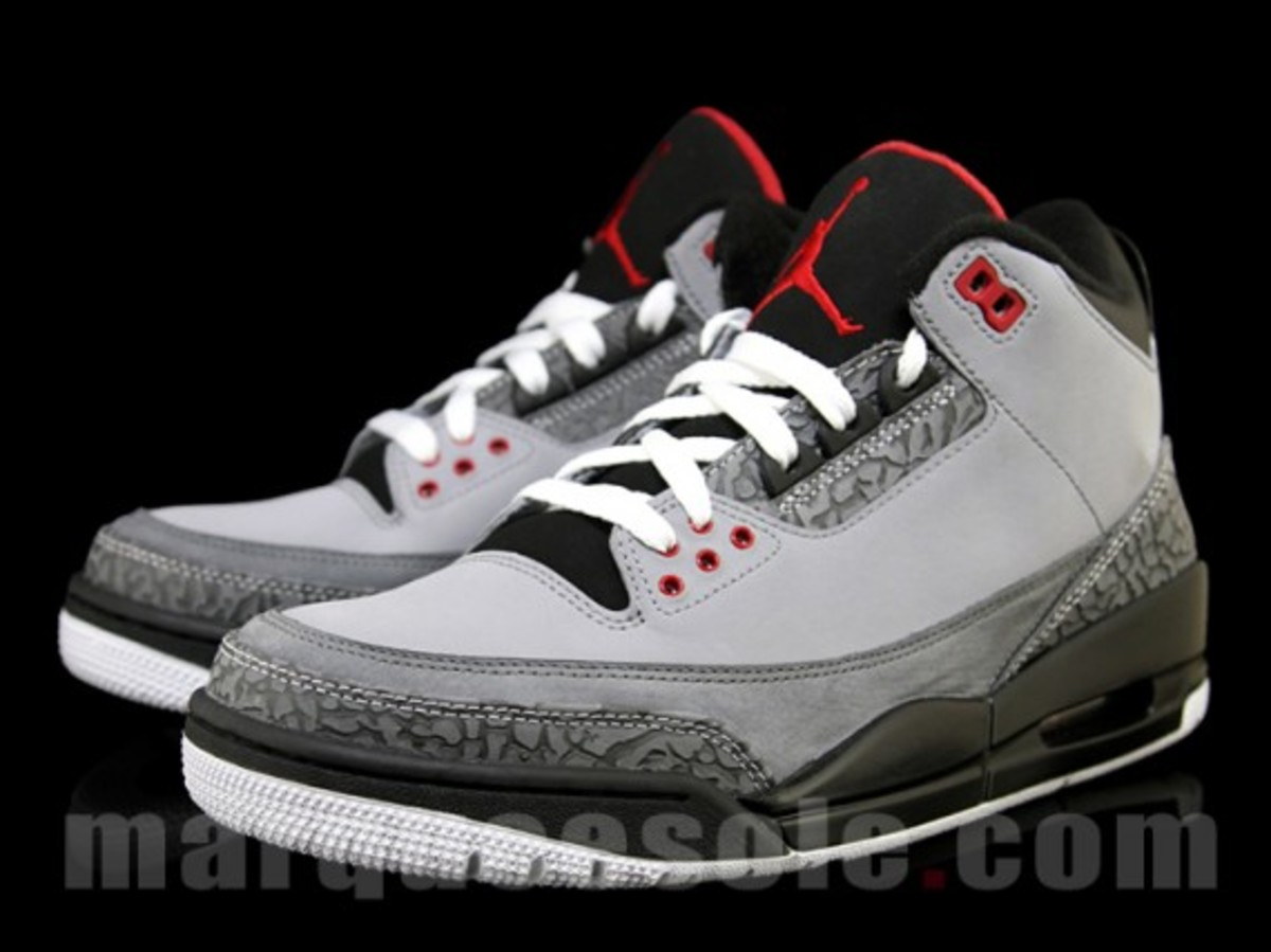 air-jordan-iii-3-stealth-02