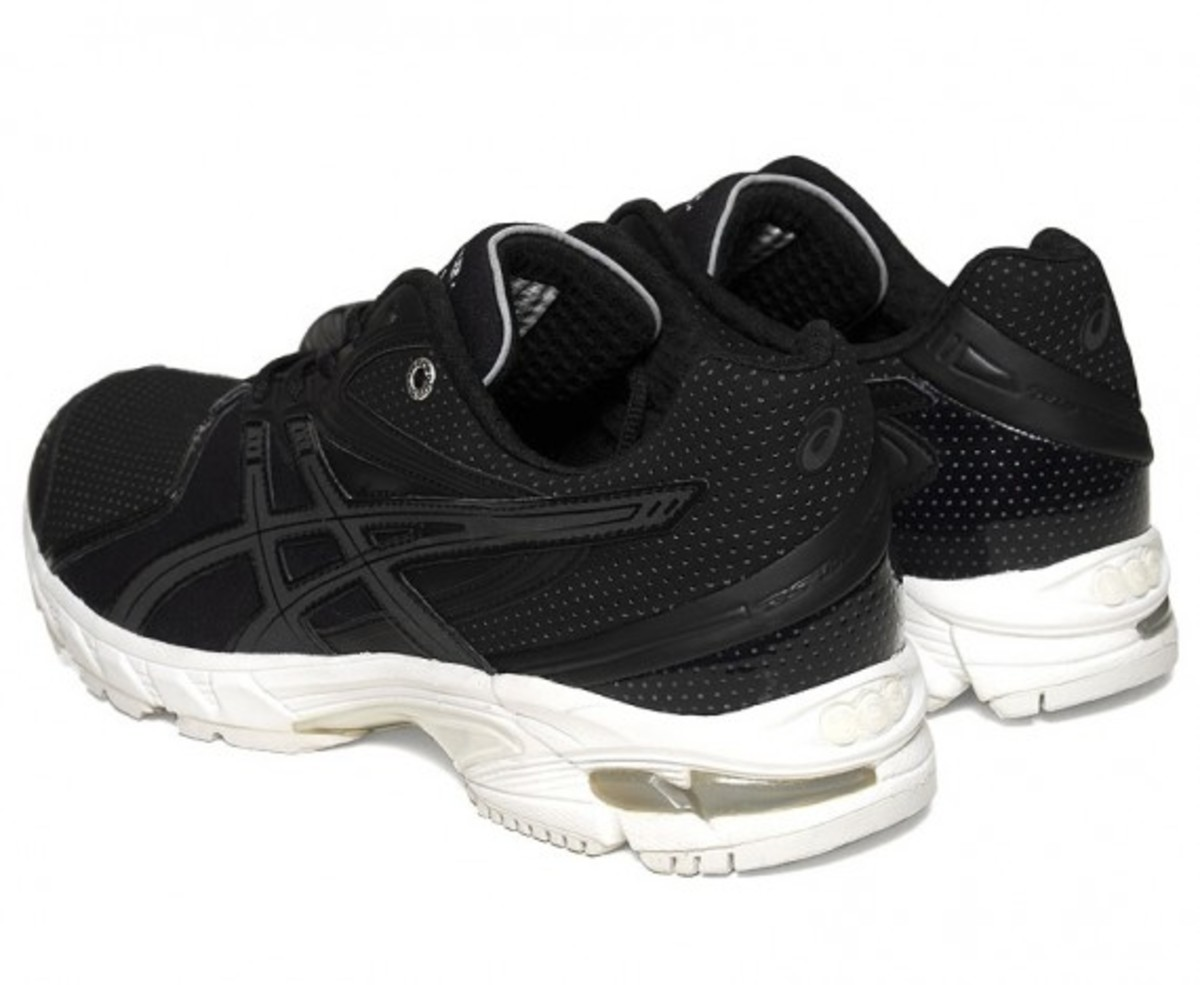 surface-to-air-asics-gel-ds-trainer-14-03