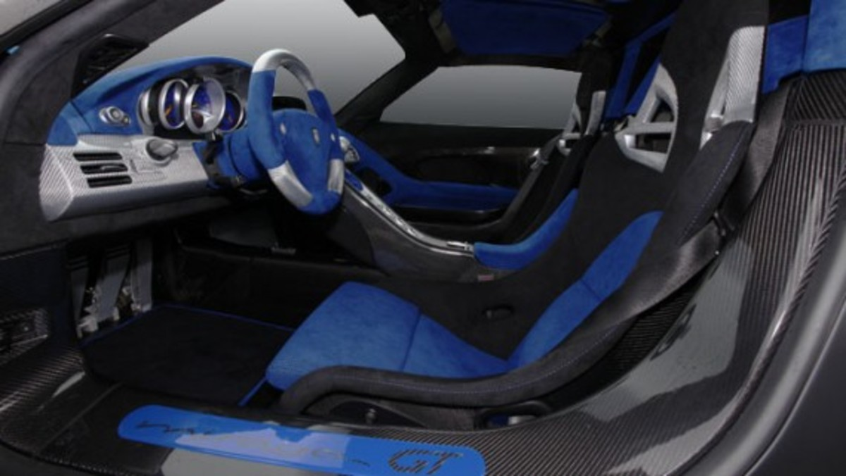 mirage-gt-matt-interior2