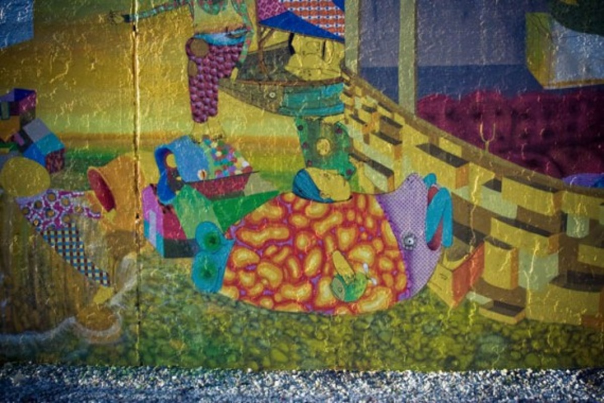 new-os-gemeos-mural-bowery-houston-002