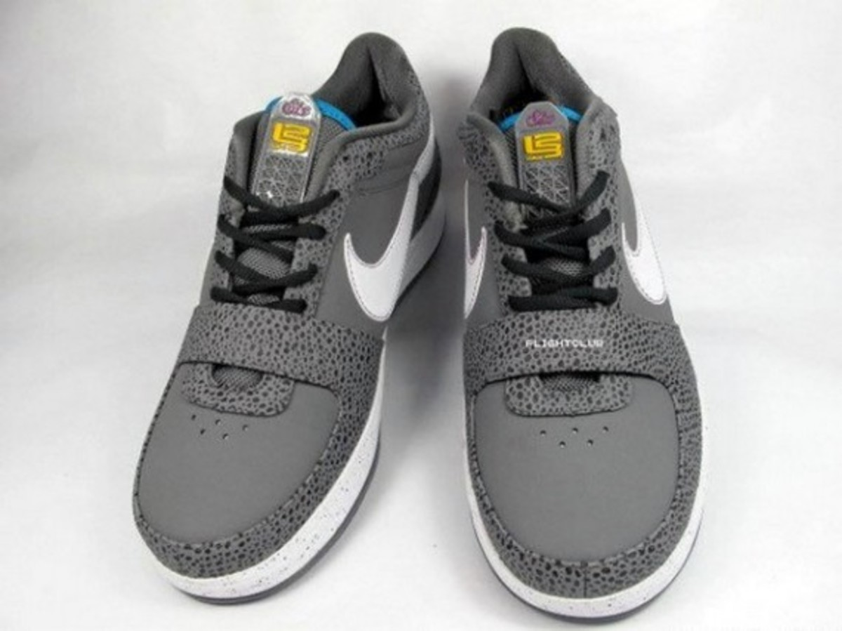 nike_zoom_lebron_vi_low_safari_3
