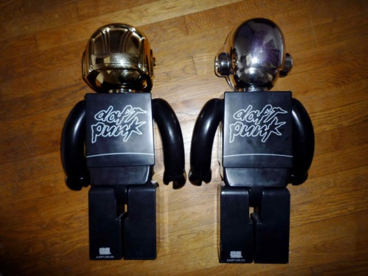 daft-punk-x-medicom-toy-co-x-silly-thing-1000-kubrick-2
