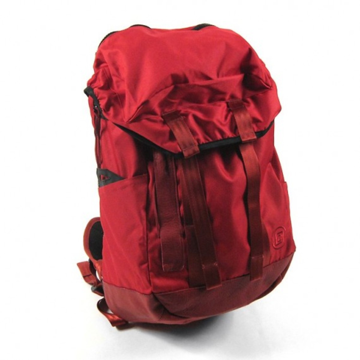 clot-outdoor-backpack-1
