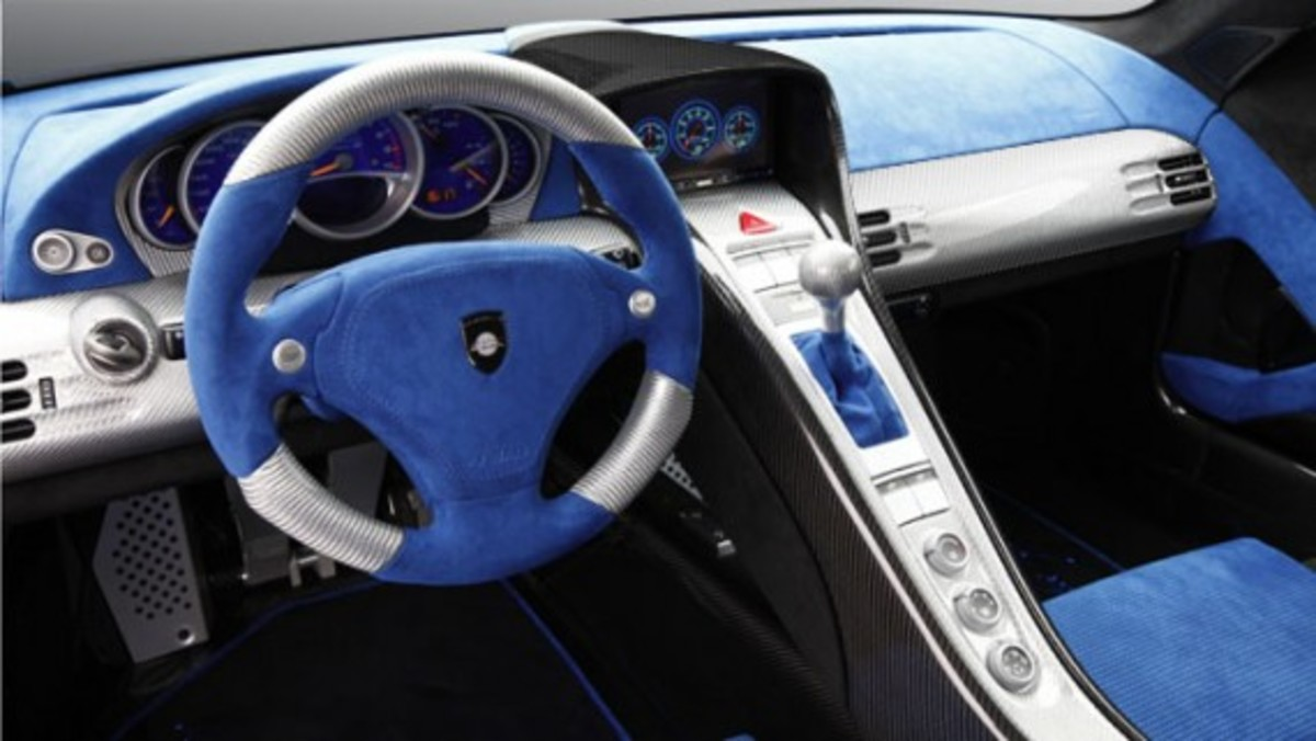 mirage-gt-matt-interior