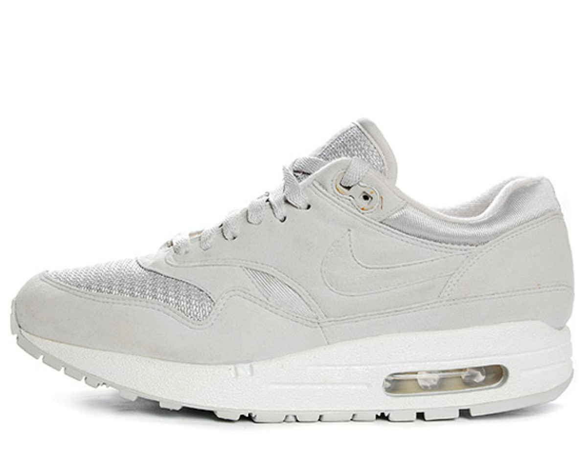 nikeid-sample-air-max-1-02