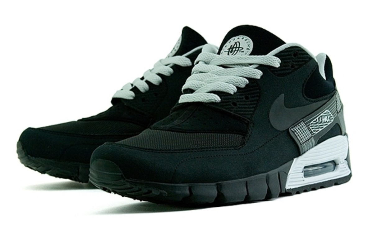 release date 9fe83 397bd nike-air-max-90-current-huarache-black-1