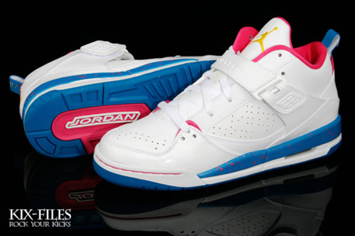 nike_girls_jordan_flight45_2