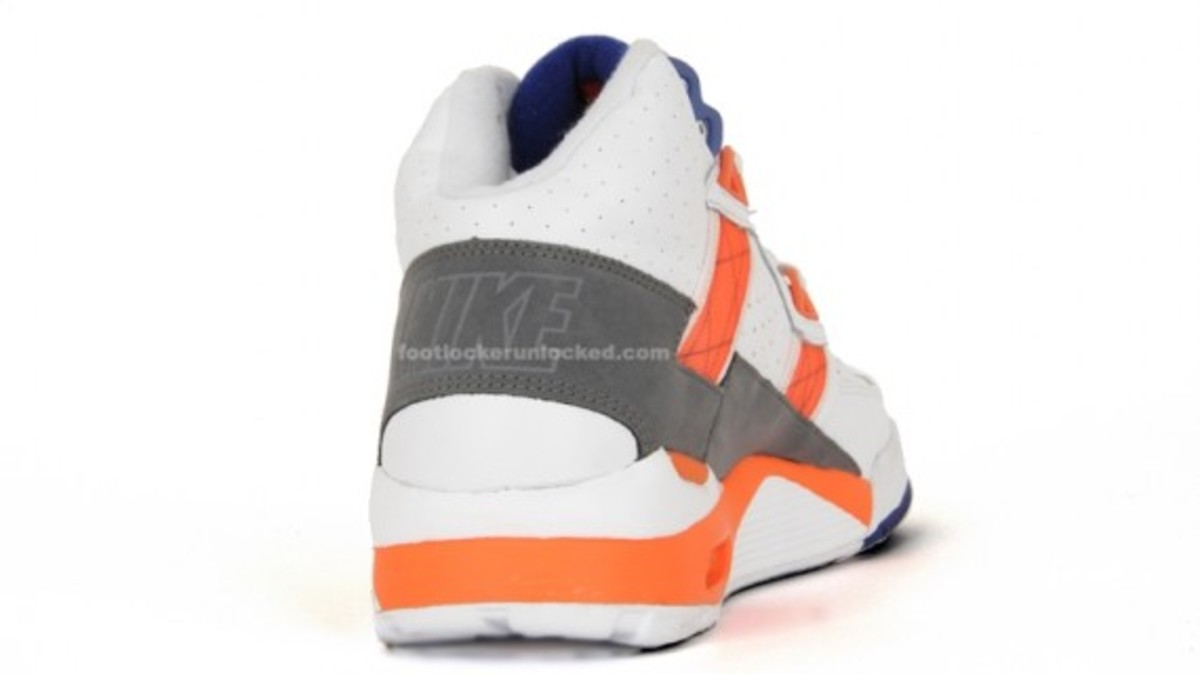nike-air-trainer-sc-original-colorway-5