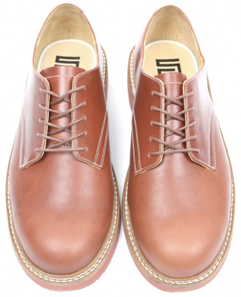 s-double-shawn-stussy-stadium-shoe-brown-01