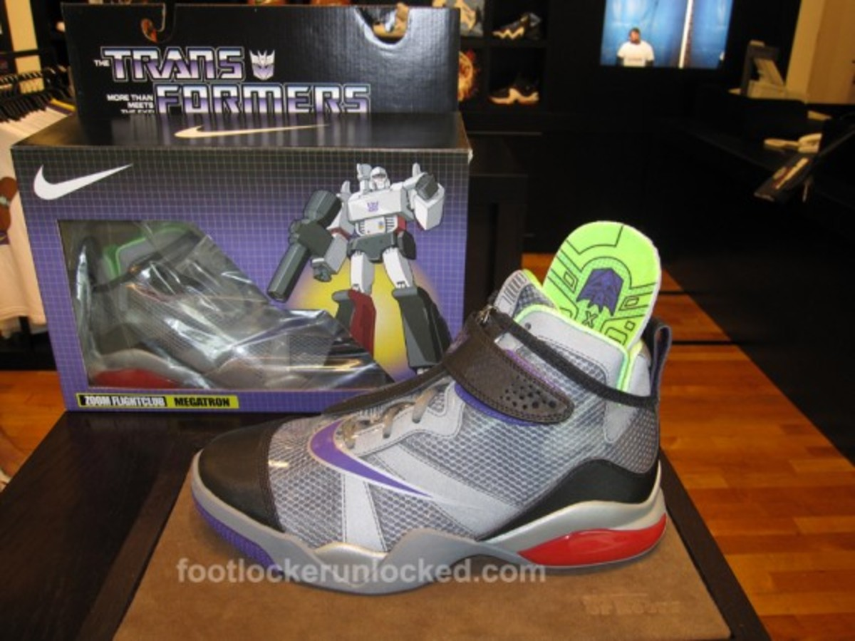 nike-transformers-zoom-flight-club-decepticons-megatron-06