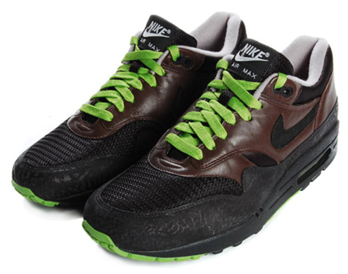 nikeid-sample-air-max-1-brwn-blk