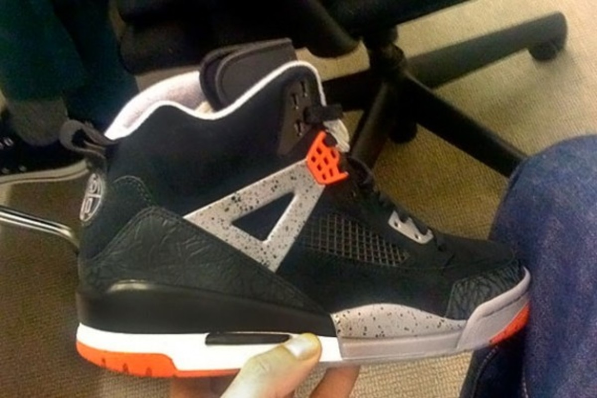 air-jordan-spizike-black-varsity-red-cement-2