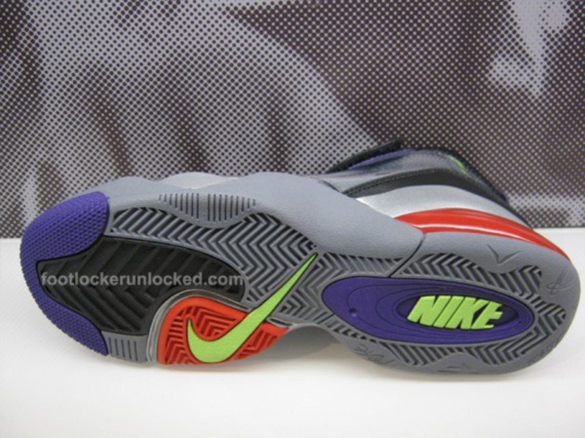 detailed look fd765 2e821 Nike x Transformers II Pack - Zoom Flight Club Decepticons Megatron Edition    Available   House of Hoops - Freshness Mag