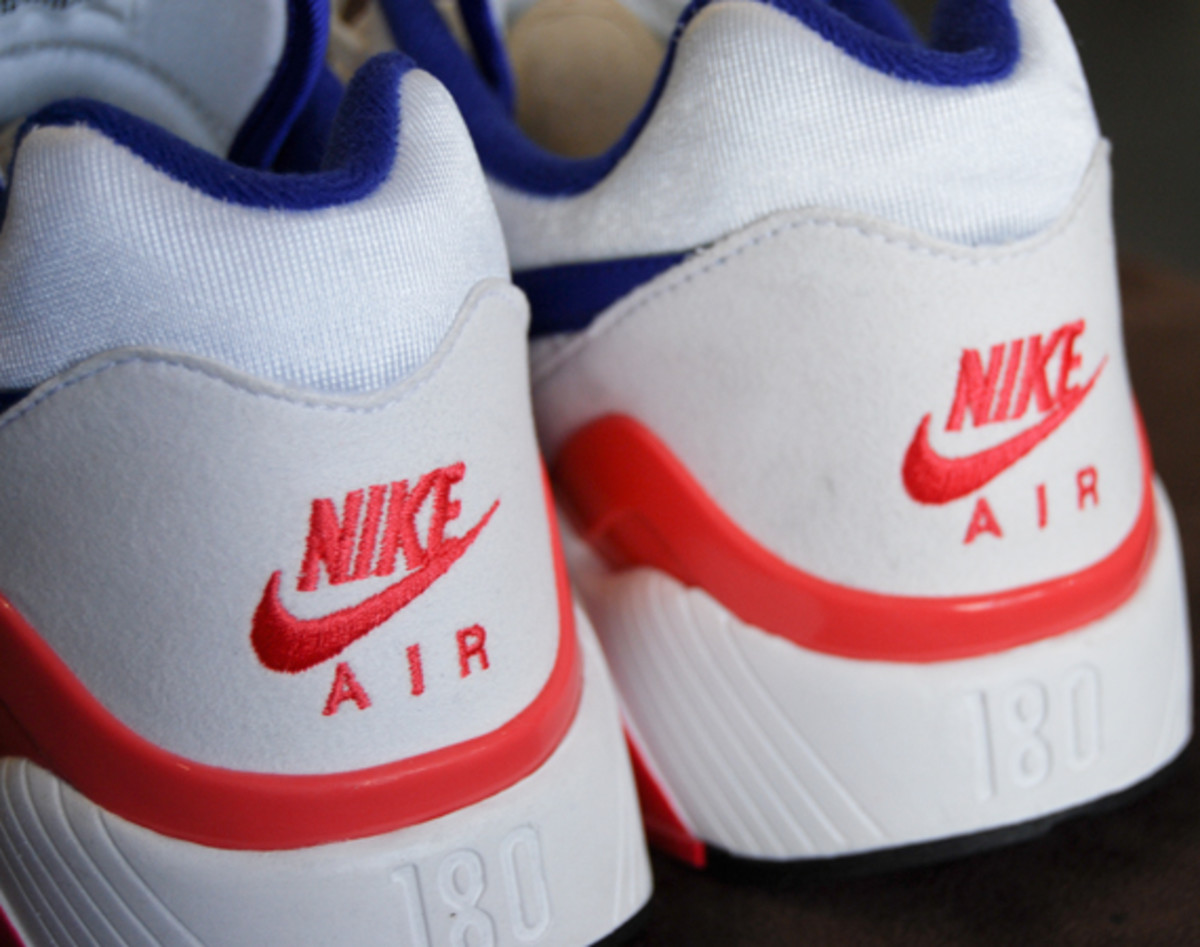 nike-air-max-180-retro-ultramarine-03