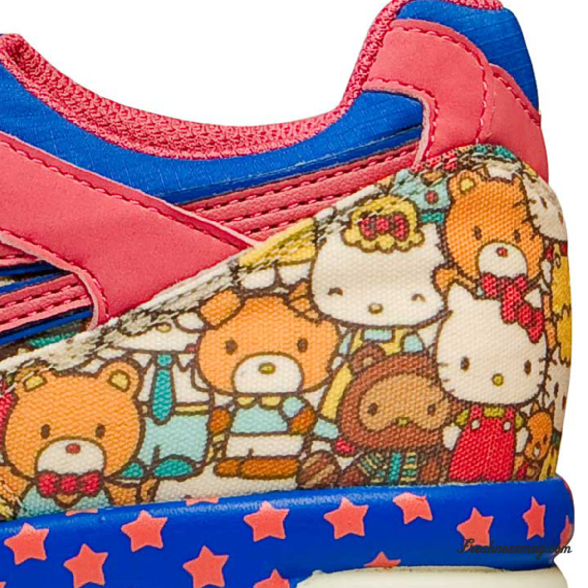 hello-kitty-asics-women-gel-lyte-speed-09