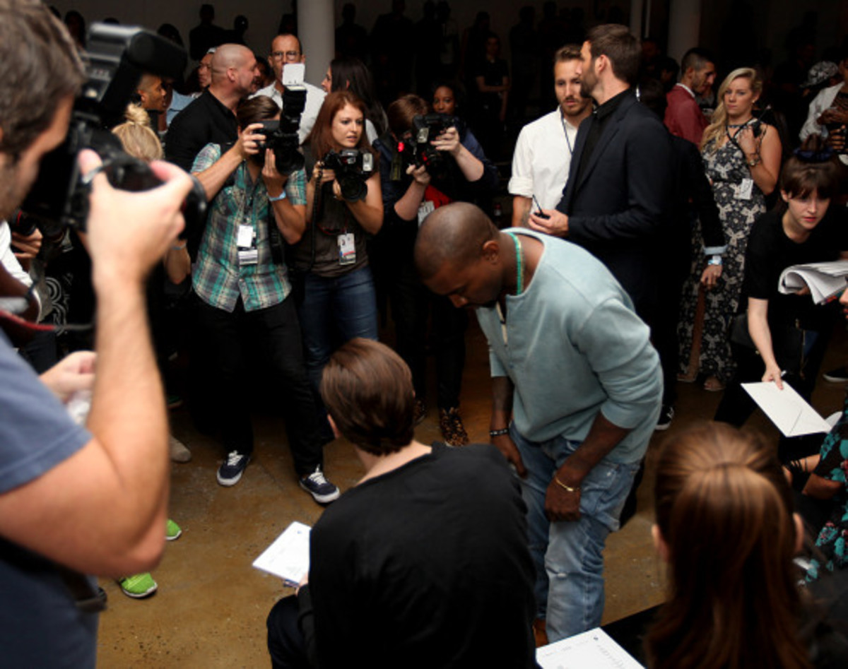 Fresh Celeb: Kanye West Front Row at HOOD BY AIR Runway Show - 1