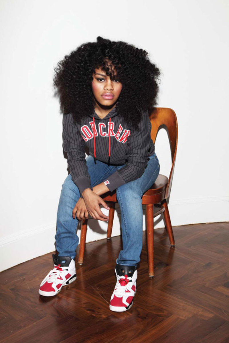 teyana taylor for married to the mob fall 2009 collection