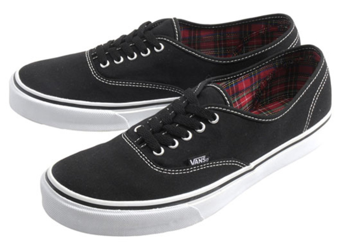 vans-authentic-front