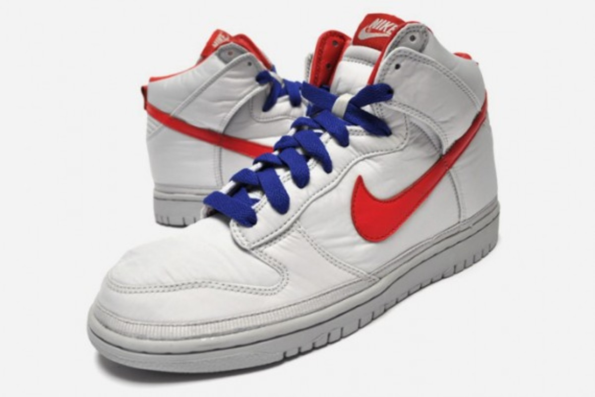 nike-dunk-high-nylon-silver-red-blue-1