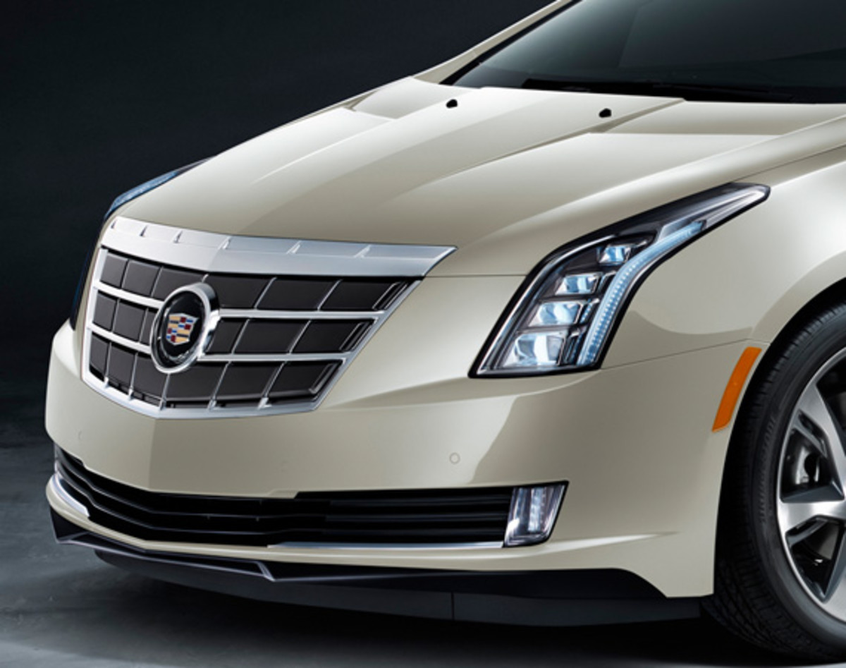 "2014 Cadillac ELR - Saks Fifth Avenue ""White Diamond"" Special Edition - 2"